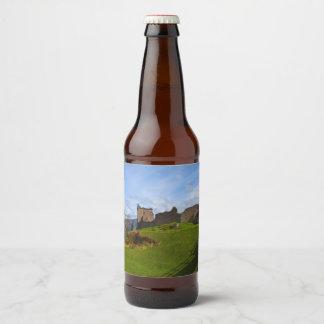 Étiquette Pour Bouteilles De Bière Ruines de château d'Urquhart le long de Loch Ness,