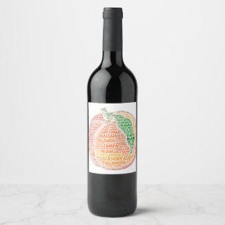 Étiquette Pour Bouteilles De Vin Pêche illustrée avec des villes de l'état