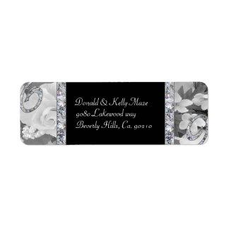 Étiquette Roses noirs et blancs et épouser de remous de