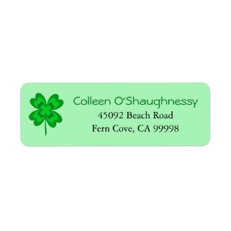 Étiquette Shamrock du jour de quatre de feuille St Patrick