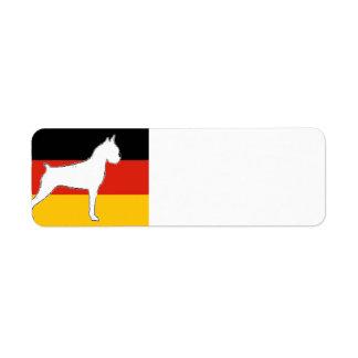 Étiquette silo de boxeur sur le blanc de drapeau