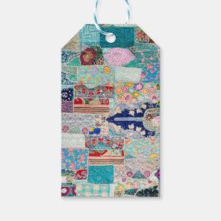 Étiquettes-cadeau Aqua et conception bleue de tapisserie d'édredon