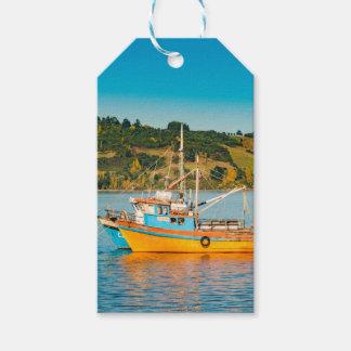 Étiquettes-cadeau Bateau de pêche au lac, Chiloe, Chili