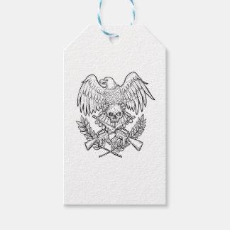 Étiquettes-cadeau Dessin de fusil d'assaut de crâne d'Eagle