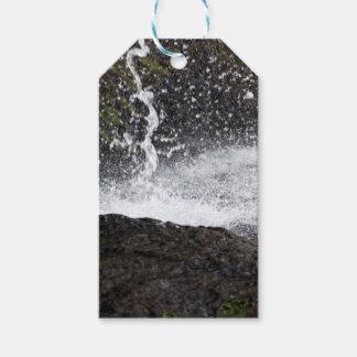 Étiquettes-cadeau Détail d'une petite cascade