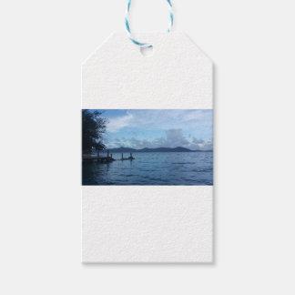 Étiquettes-cadeau Dock de bateau d'île