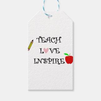 Étiquettes-cadeau enseignez l'amour inspirent