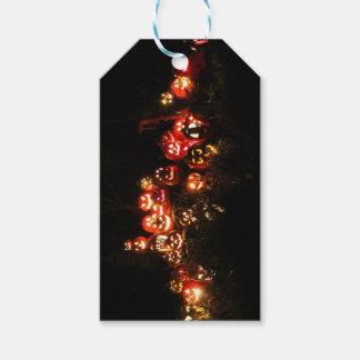 Étiquettes-cadeau Halloween Jack-o'-lantern recueillant des