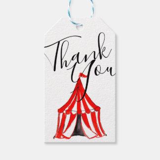 Étiquettes-cadeau La partie mignonne d'enfant de carnaval de tente
