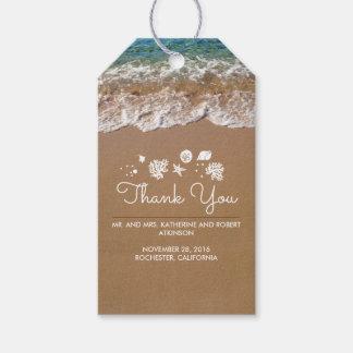 Étiquettes-cadeau Mer bleue et sable de mariage de plage tropicaux