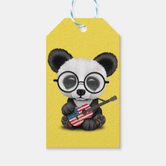 Étiquettes-cadeau Panda de bébé jouant la guitare de drapeau