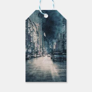 Étiquettes-cadeau Paysage urbain orageux