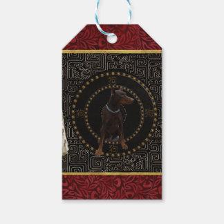 Étiquettes-cadeau Pinscher de dobermann, forme ronde, chien dans le
