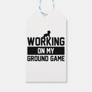 Étiquettes-cadeau Travailler au jeu au sol