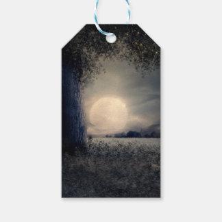 Étiquettes-cadeau Un arbre dans le clair de lune