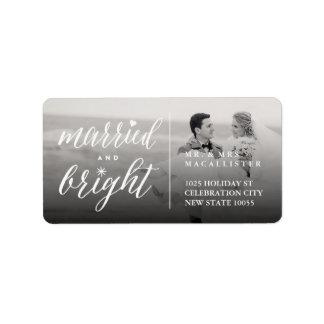 Étiquettes de adresse mariés et lumineux de photo