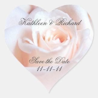 Étiquettes en forme de coeur de mariage rose autocollants en cœur