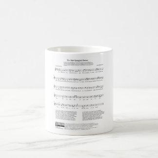 Étoile-a orné la feuille de paillettes de musique mug