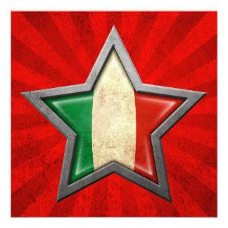 Étoile italienne de drapeau avec des rayons de lum faire-parts