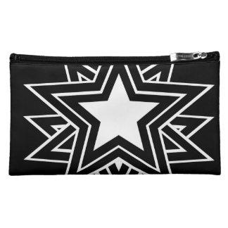 étoile noire nécessaire pour maquillage