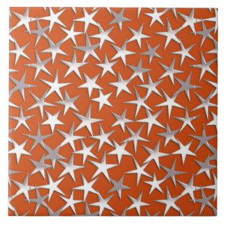 Étoiles d'argent sur le cuivre grand carreau carré