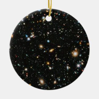 Étoiles et galaxies d'espace lointain ornement rond en céramique