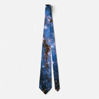 Étoiles infantiles de la nébuleuse NGC 346 - photo Cravate