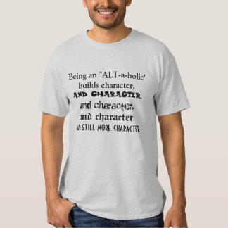 """Être un """"Alt-un-holic"""" établit le caractère T-shirt"""