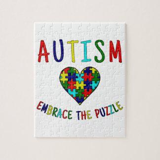 Étreinte d'autisme le puzzle