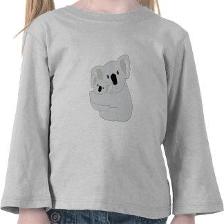 Étreintes de koala t-shirts
