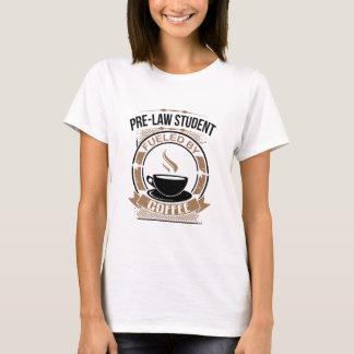 Étudiant de Pré-Loi rempli de combustible par le T-shirt