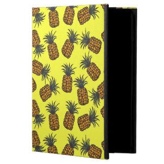 Étui iPad Air motif tropical peint à la main coloré d'ananas