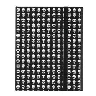 Étui iPad Crânes sur l'arrière - plan noir