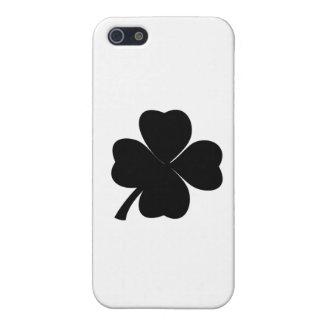 Étui iPhone 5 Irlandais chanceux de shamrock noir | trèfle de