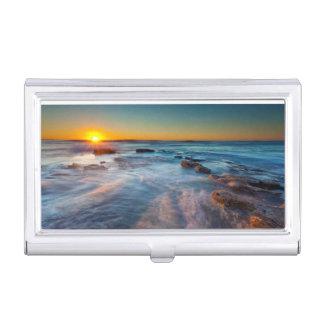 Étui Pour Cartes De Visite Les rayons de Sun illuminent l'océan pacifique
