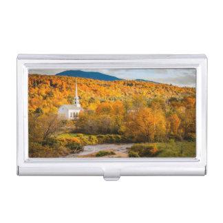 Étui Pour Cartes De Visite Vue d'automne de l'église communautaire dans Stowe