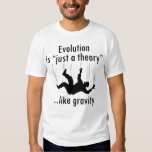 Évolution juste une théorie, le T-shirt des hommes