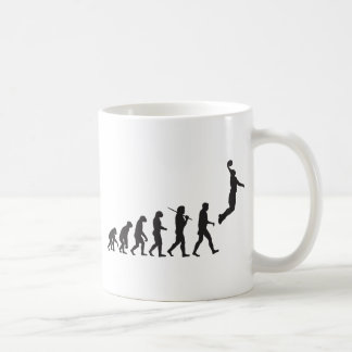 Évolution - saut de basket-ball mug