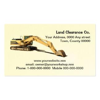 Excavatrice jaune coupée avec le seau de repos carte de visite standard