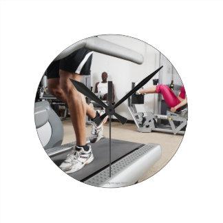 Exercice 2 horloge ronde