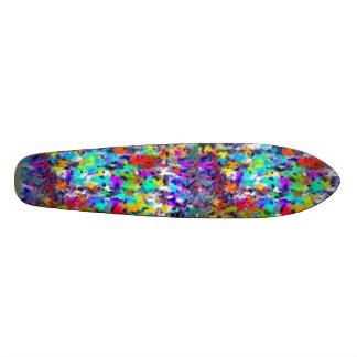 Exposition de feuille d'érable planches à roulettes customisées