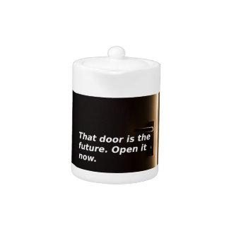 Expressions : Cette porte est l'avenir. Ouvrez-la