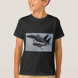 F-15 EAGLE + FORMATION DU MUSTANG P-51 T-SHIRT