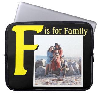 F pour la famille trousse ordinateur