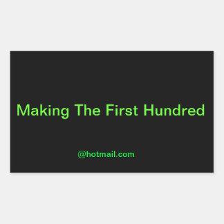 Fabrication du cent premier autocollants en rectangle