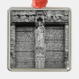 Façade de Notre-Dame, quittée le portail, Paris Ornement Carré Argenté