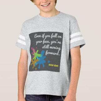 Faire avancer la chemise t-shirt