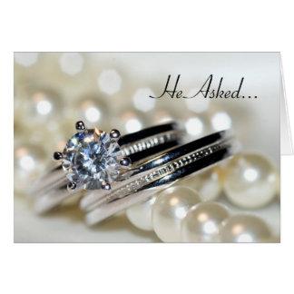 Faire-part de fiançailles d'anneaux et de perles