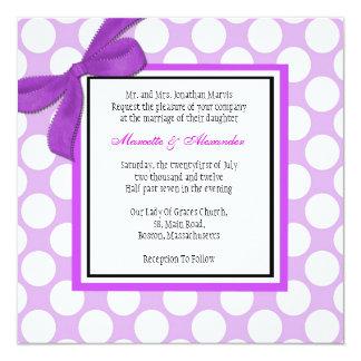 Faire-part de mariage pourpre de point de polka carton d'invitation  13,33 cm