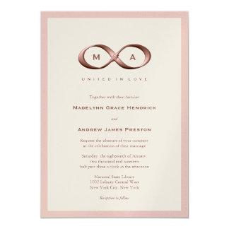 Faire-part de mariage rose de fermoir de main carton d'invitation  12,7 cm x 17,78 cm